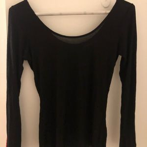 Long sleeve black tee